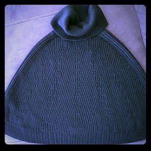 Banana Republic black knit poncho women's XS
